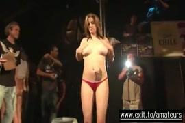Fotos e vidios gratis de mulheres fazendo sexo com bixo pone