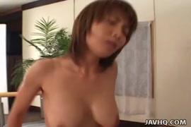 Mulher fazendo sexo e gozador no xiri