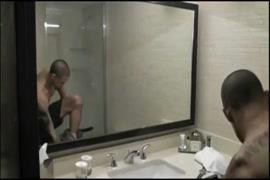 Fotos de homem chupando o chipio da mulher