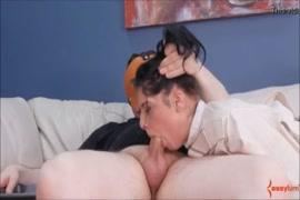 Videos de porno de mulheres dr peitos moles