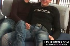 Baixar vídeo de sexo gay com emo