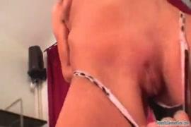 Quero baixar filmes pornô de mulheres gozando de verdade
