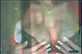 Eu quero ver os vídeo de pornô a mulher raspando a b e depois vai transar