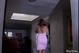 Quero ver vídeo de mulher pelada no youtube