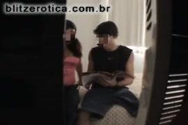 Nicki minaj nua mostrando a buceta