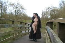 Fotos e vídeos porno do youtube de mulheres transando com macacos