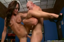 Porno filho estrupa a propria mae