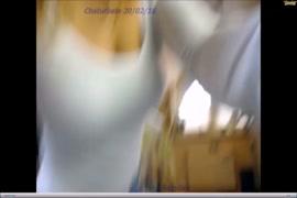 X.video mae ajuda filha dar o cuzinho